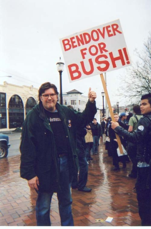 Larry Sommers at Iraq War Protest Rally, 2004. Photo by Emily Pothast.