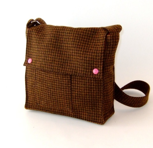 Wooly Bison - Pinky Houndstooth Satchel