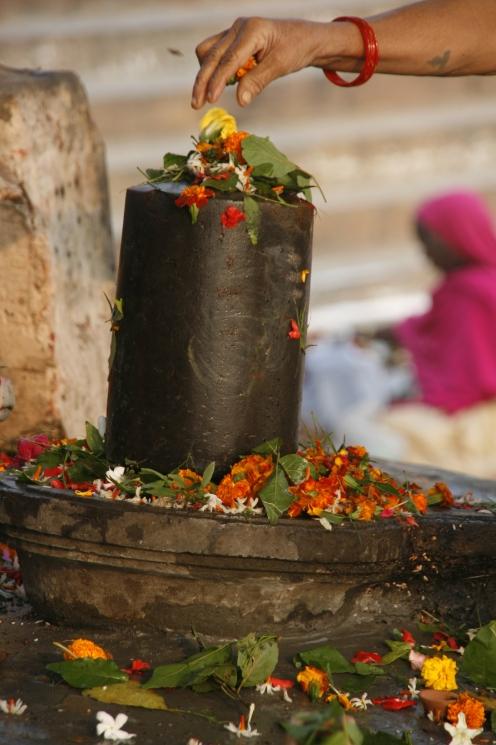 Aikya_Linga_in_Varanasi